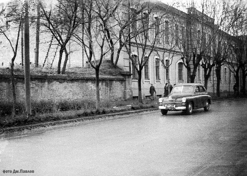 Пирогова - Духовная семинария 1965.jpg