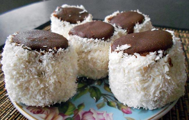 Свое название популярный наБалканах десерт получил благодаря схожести сказачьей папахой. Рецепт бл