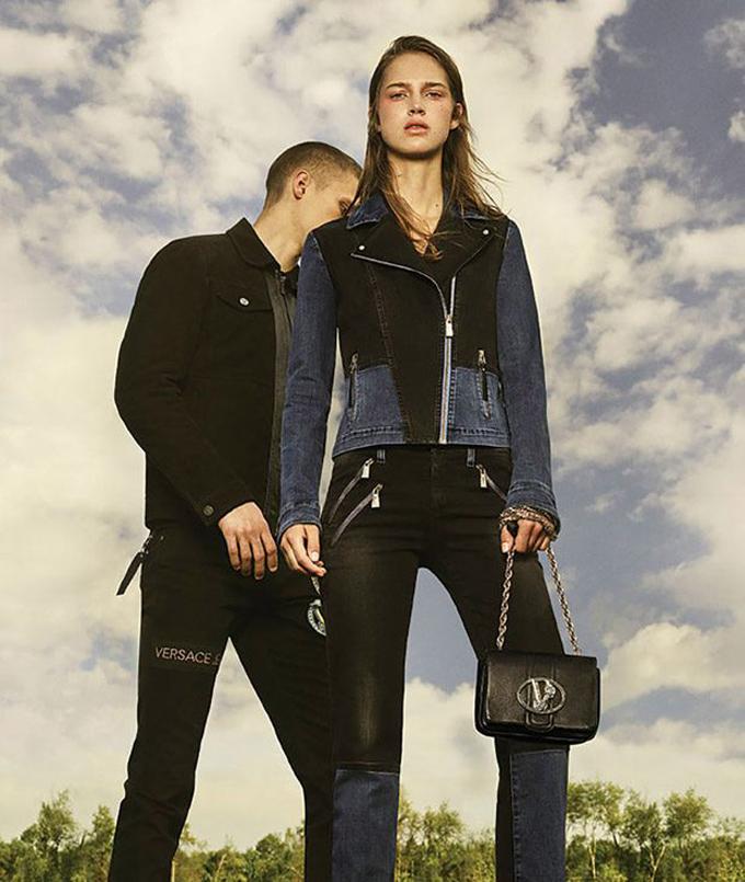 Джулия Джамин и Зак Риддл в кампании Versace Jeans