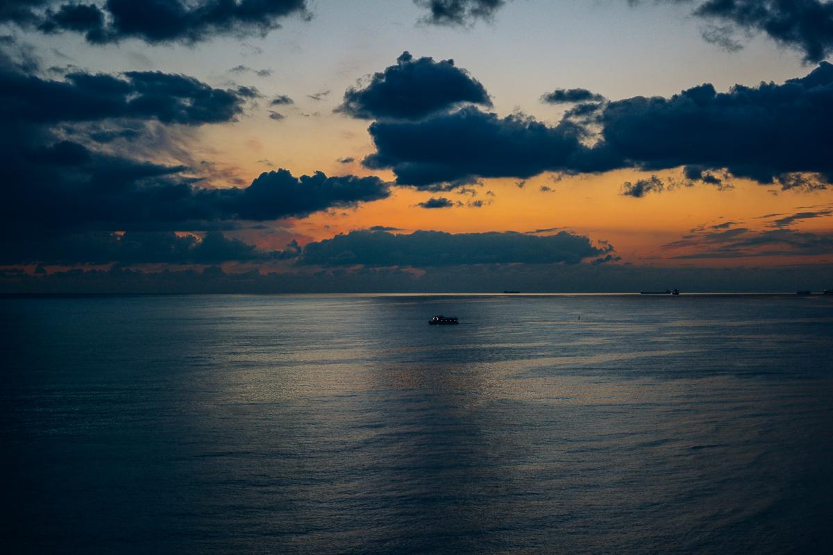 Закат в Геленджике