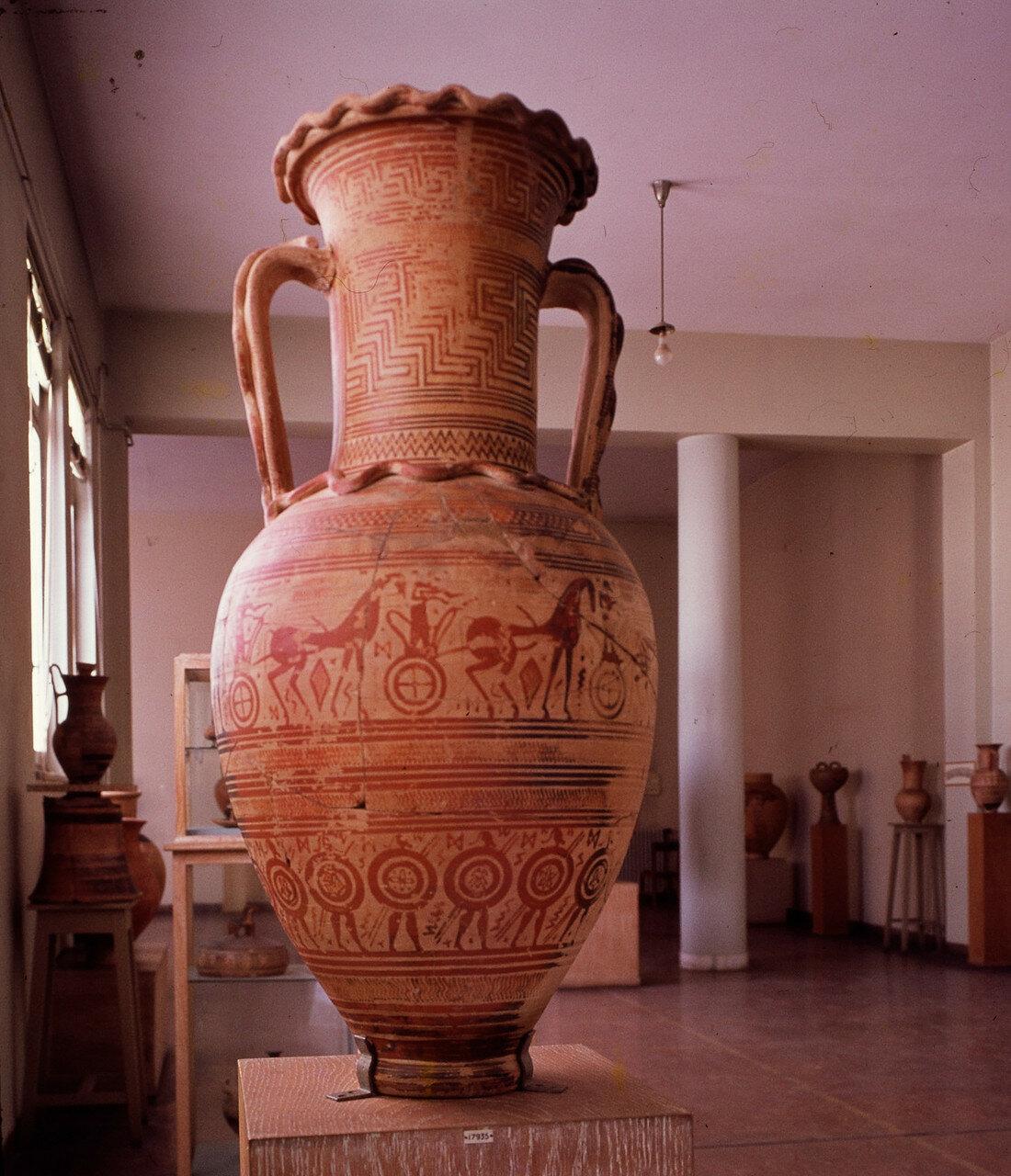 Амфора, VIII в. до н.э.