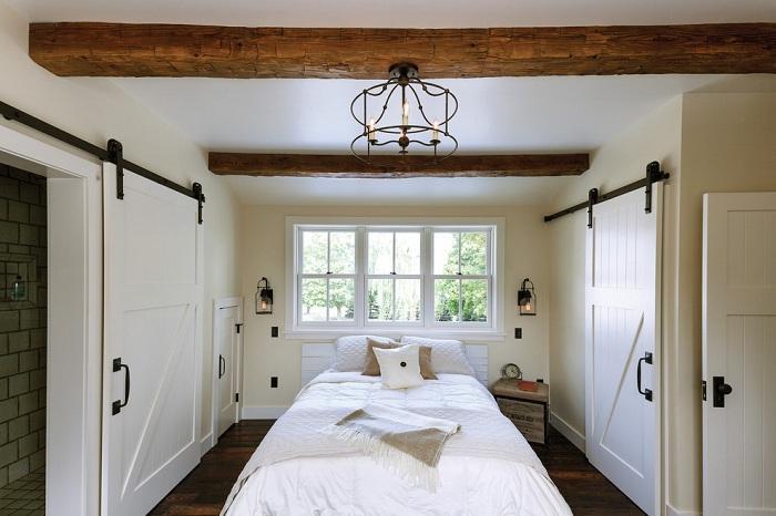 4. Спальня в загороднем стиле