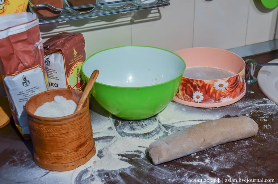 6. Рецепты теста довольно разнообразны, причём многие семьи имеют свои рецепты изготовления теста, к