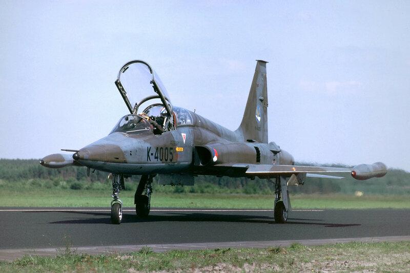 nf-5b-313-squadron_15382417406_o.jpg