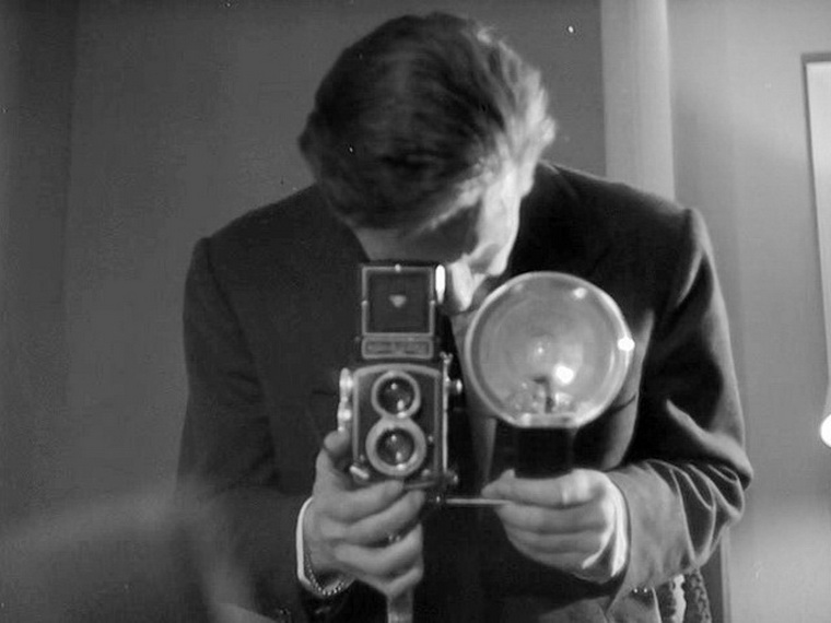 1959 - Двое в Манхэттене (Жан-Пьер Мельвиль).jpg