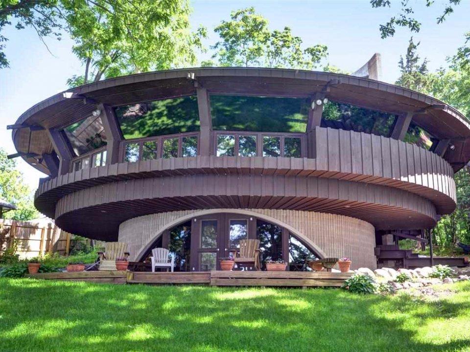 Странные дома, которые можно найти на мировом рынке недвижимости