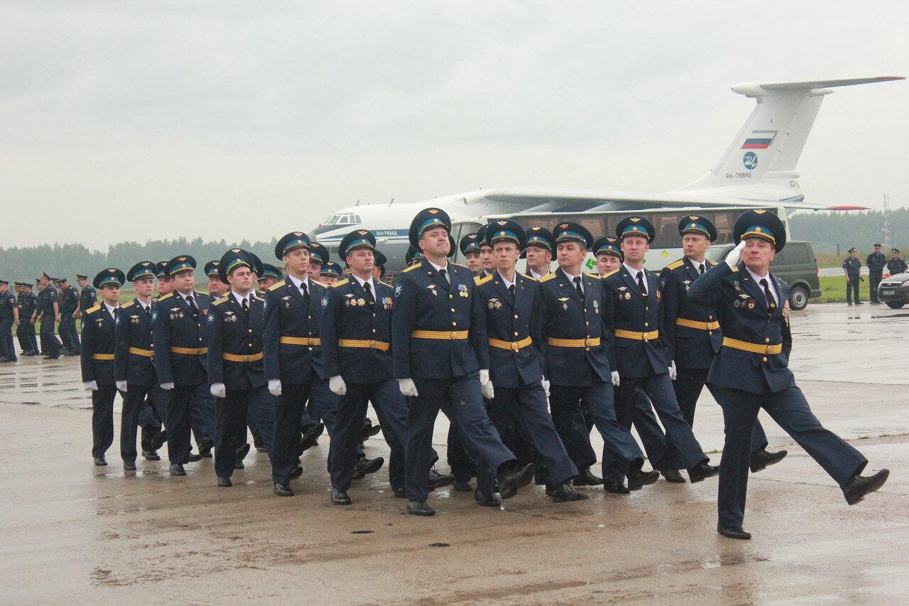 В Твери отметили 104-ю годовщину образования Военно-воздушных сил Российской Федерации / фоторепортаж