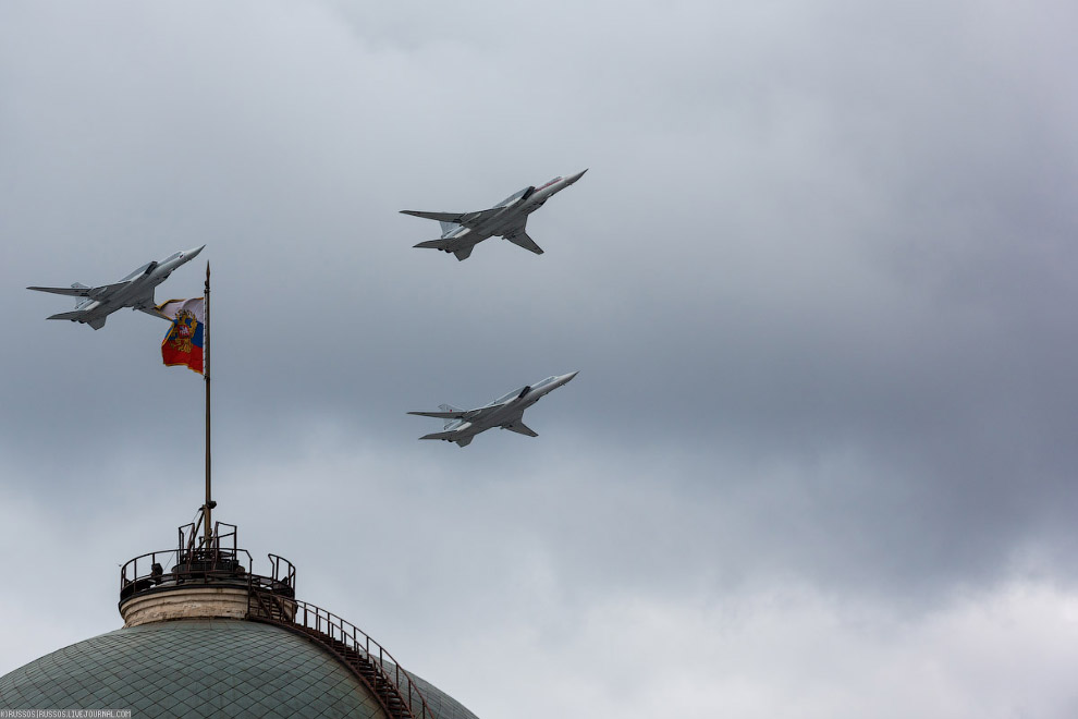 9. А вот Ту-160 был представлен только одним бортом — на имитации заправки от танкера Ил-78.<br