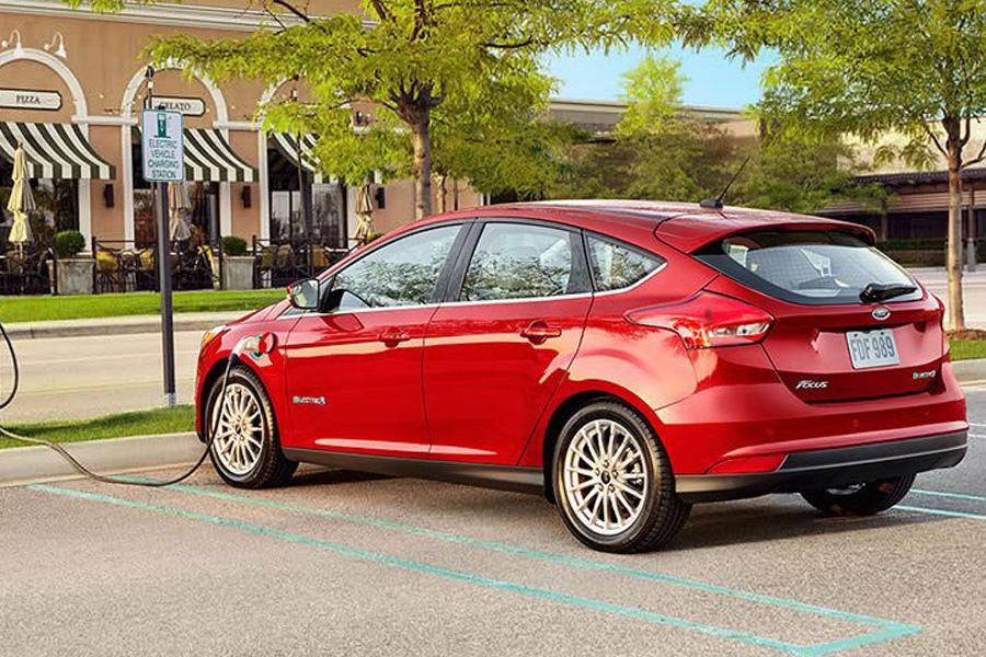 Генеральный директор компании Марк Филдс заявил, что очень хочет, чтобы 40% от всех автомобилей Ford
