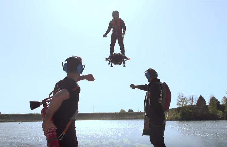 Flyboard Air – A new gadget halfway between a drone and a hoverboard! (10 pics)