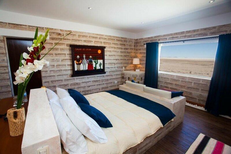 Hotel De Sal Luna Salada   отель из соли на солончаке Уюни в Боливии