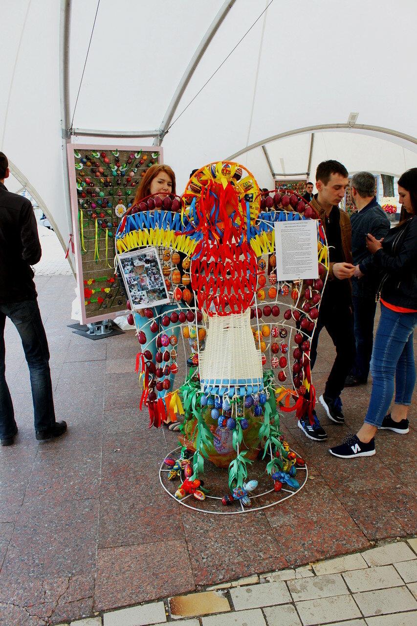 Всеукраинская выставка писанок