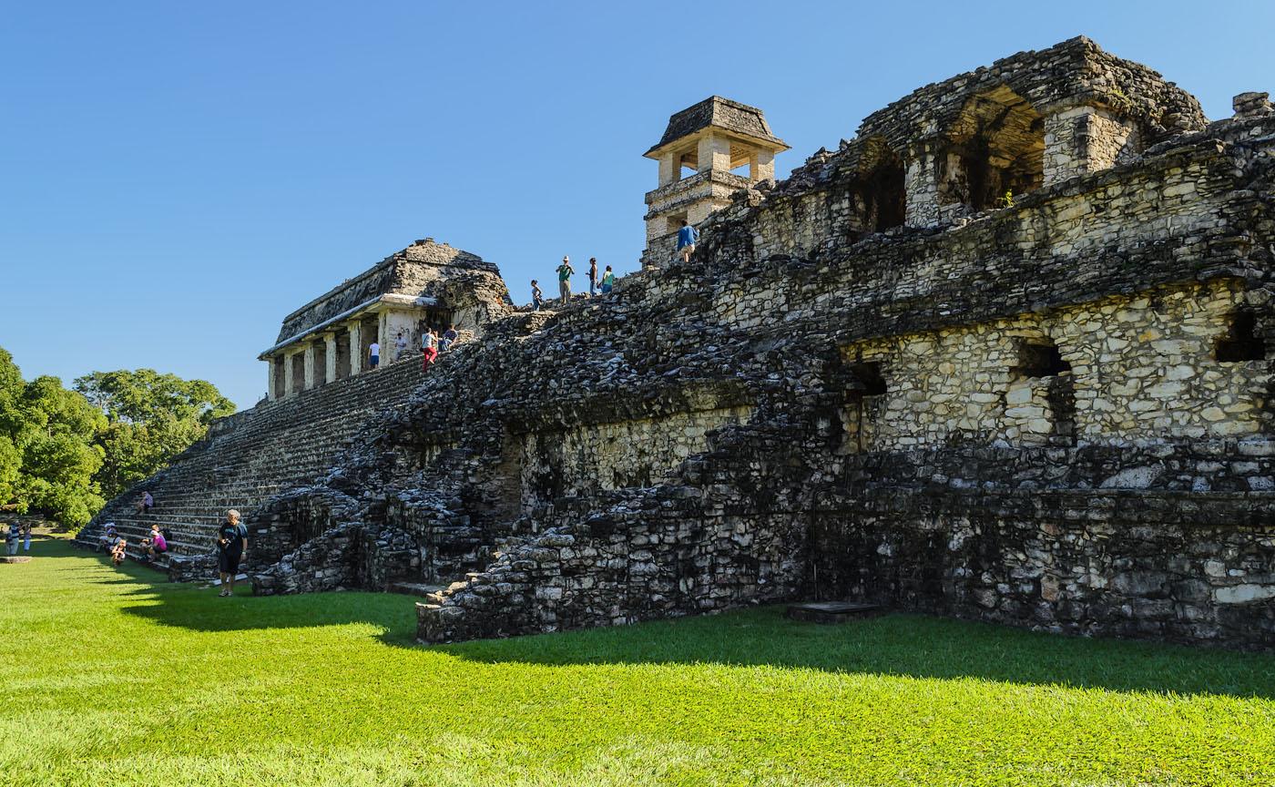 Фотография 6. Очередные пирамиды индейцев Майя в Мексике. Отчет об экскурсии в археологический комплекс Паленке (Palenque). Отзывы об отдыхе в ноябре. 1/80, 10, 18, 200.