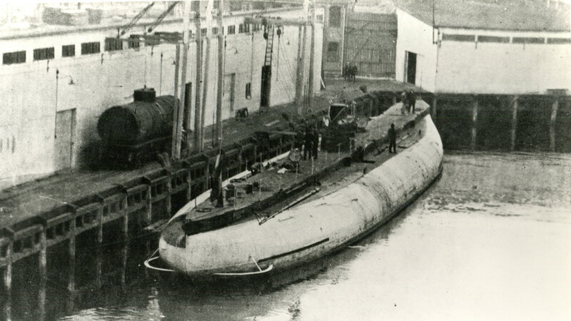 Deutschland (German Cargo Submarine, 1916-22), photographed at New London, Connecticut, during her port call of 1 to 21 November 1916.