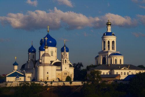 Свято - Боголюбский женский монастырь