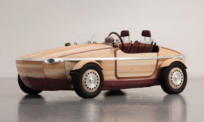 Тойота представила автомобиль из дерева (13 фото)
