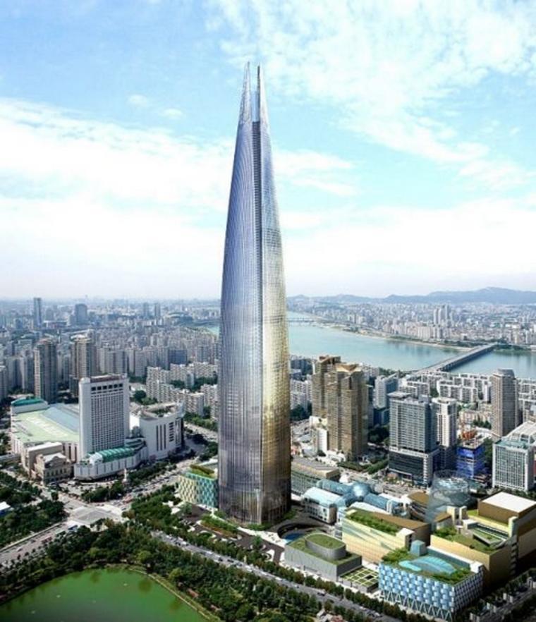 3. Lotte World Tower в Сеуле, Южная Корея Строительство этого небоскреба было начато в 2005 году, и