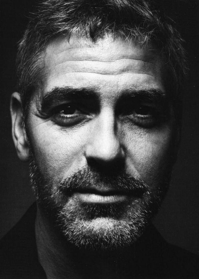16. Джордж Клуни, 1997 и 2006 Самым притягательным мужчиной для женщин Клуни стал сразу после выхода