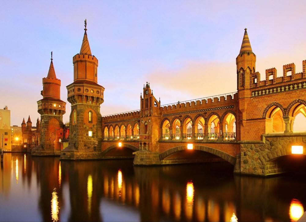43. Немецкая столица — это временная капсула, в которой заключены периоды эпох от средневековья до с
