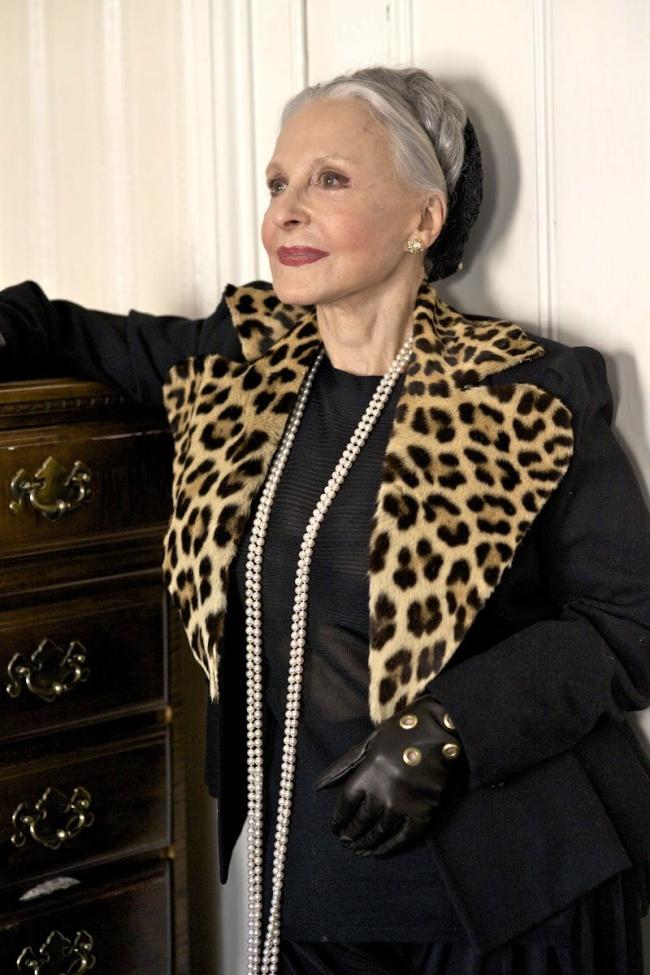 Джойс Карпати, 82 года Бывшая оперная певица и арт-директор американского Cosmopolitan. Снималась дл