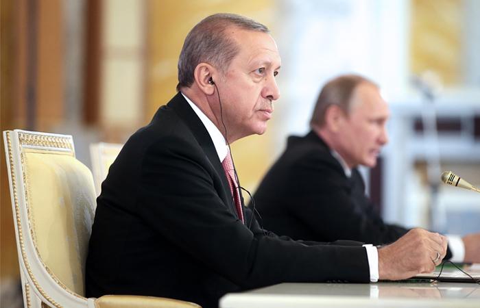Переговоры Эрдогана и В.Путина вузком формате продлились два часа