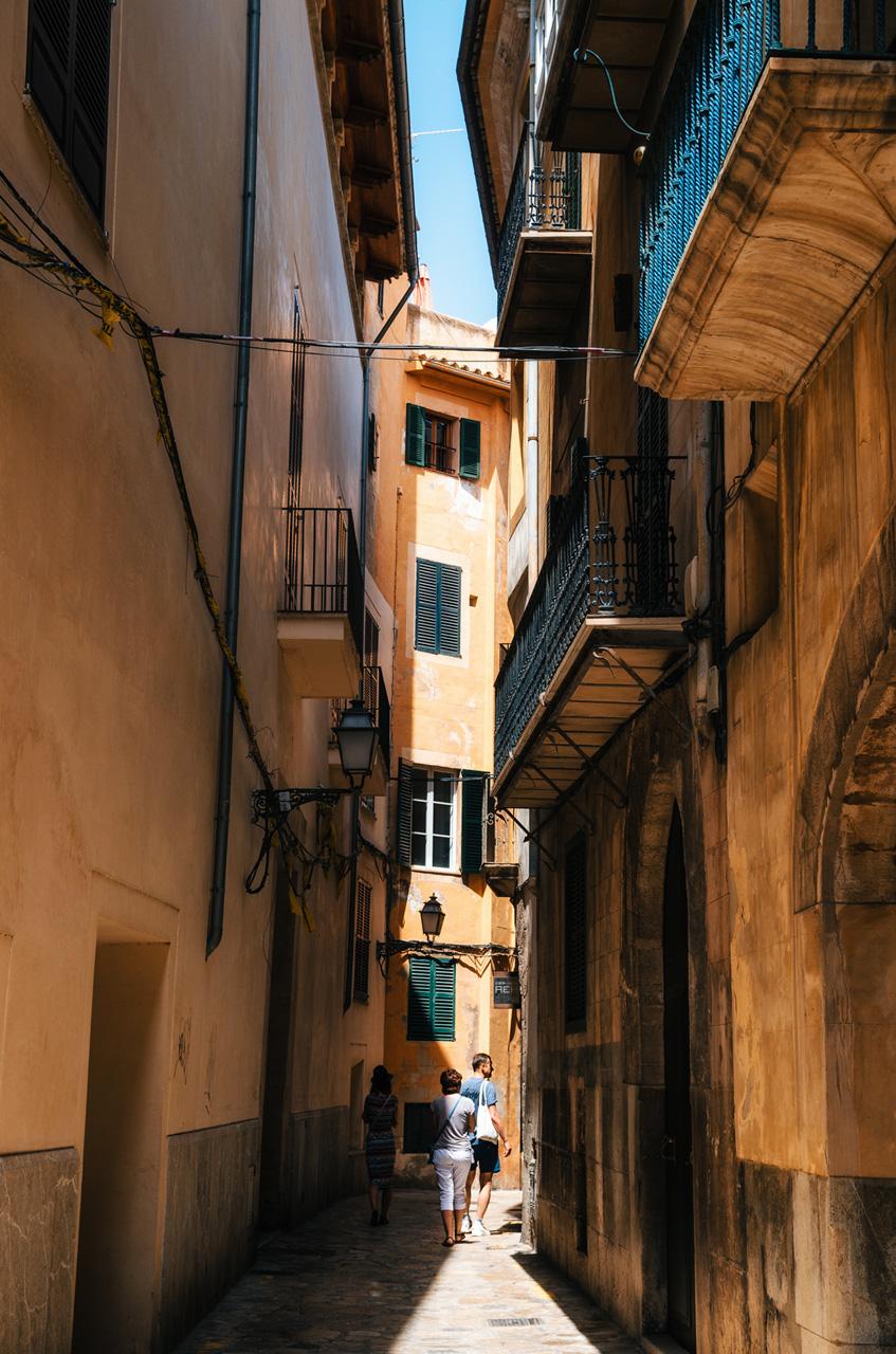 Узкие улочки Старого Города, Пальма де Майорка