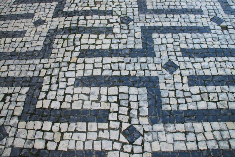 Тротуар в Браге, Португалия (Sidewalk in Braga, Portugal)