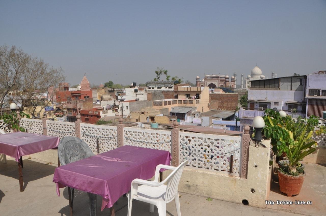 Вид с крыши нашего отеля