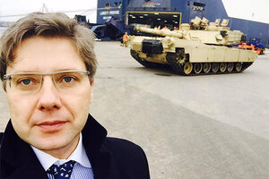США перебросили в Латвию 120 единиц военной техники