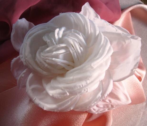Как сделать цветок из ткани на желатине