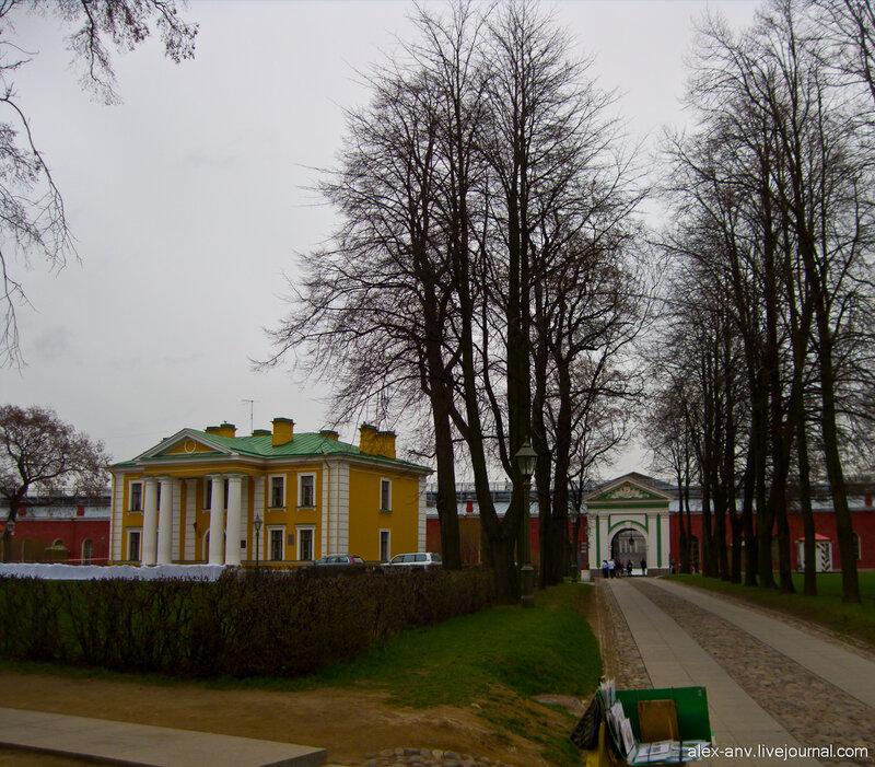 Петропавловская крепость. Гауптвахта.
