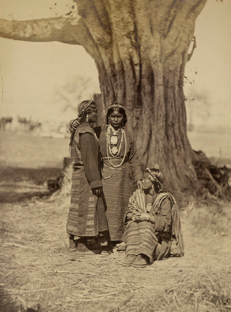 113. Тибетские женщины