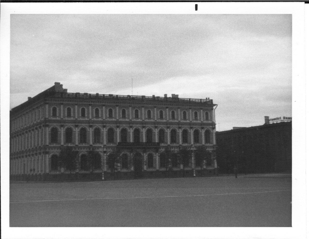 Исаакиевского площадь. Дом № 13