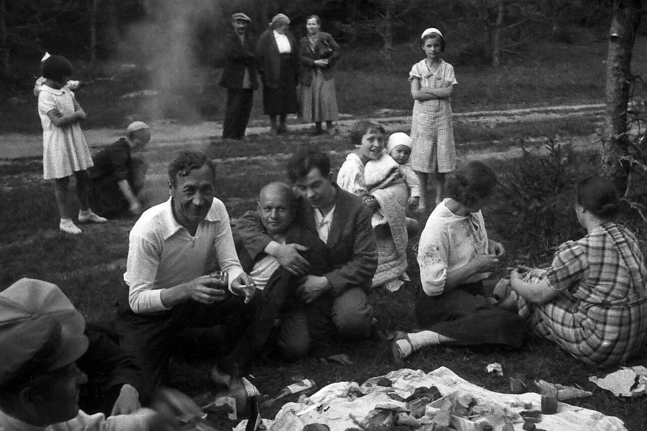 1930-е. Подмосковье, в окрестностях Реутова