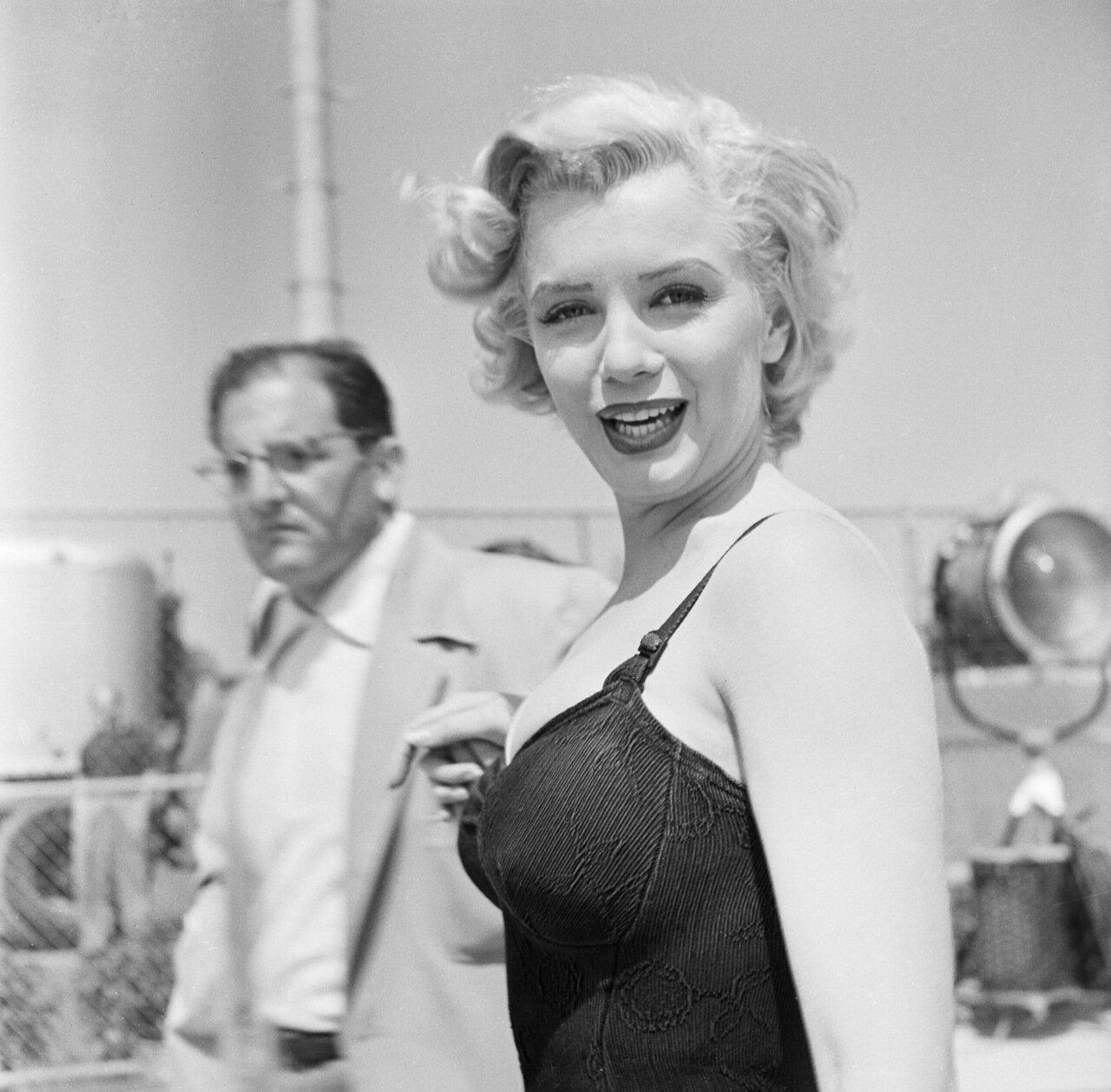 Marilyn Monroe In Bathing Suit