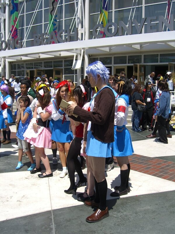 AX2007_cosplay_male_saylor.JPG