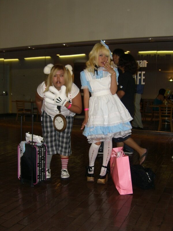AX2007_cosplay_alice_and_rabbit.JPG