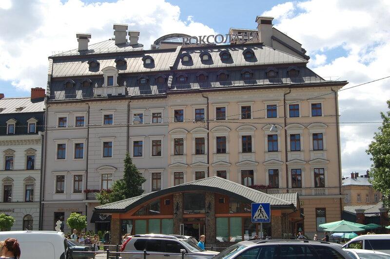 Здание у Галицкого базара