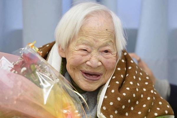 С 1 апреля самой старой женщиной планеты стала 116 летняя Гертруда Уивер 0 126647 2e4f07f9 orig