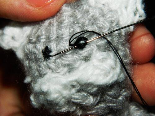 Котенок – персонаж для пальчикового кукольного театра