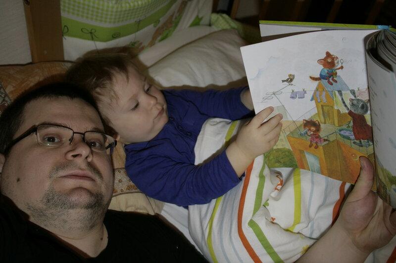 отец уснул и мамка убежала к сыну