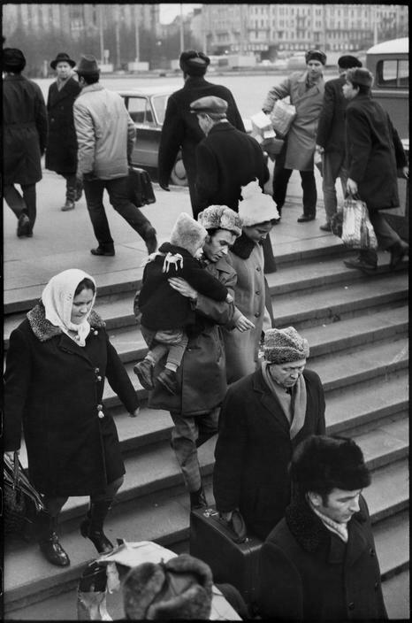 1972. Москва. Вход в метро