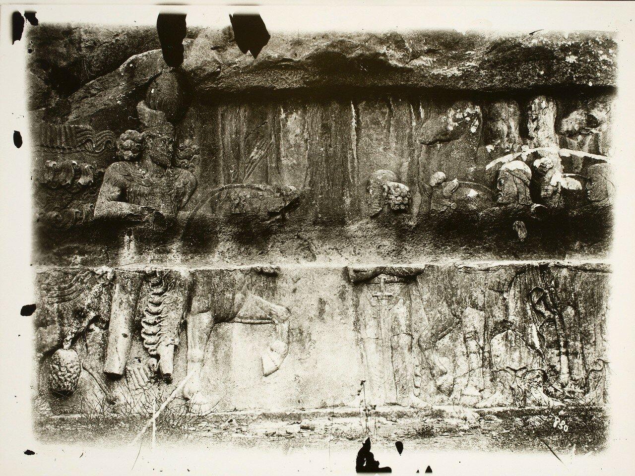 Бишапур. Сасанидские рельефы с изображением Бахрама II принимающего делегацию