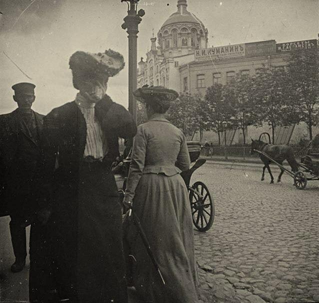 243. Театральный проезд.1900