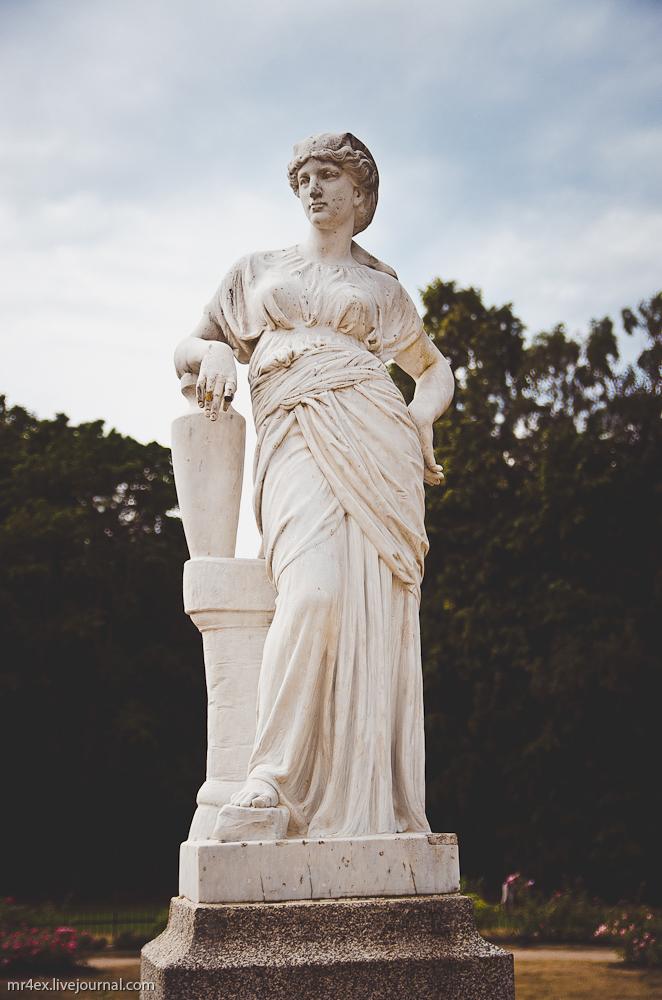 Парк в Паланге, скульптуры, музей Янтаря