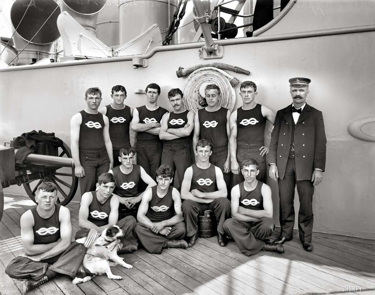 Корабли, речные суда и военные моряки на снимках американских фотографов конца 19 века (36)