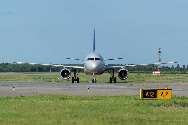 Airbus A320-214 (VP-BDK) Аэрофлот D809315