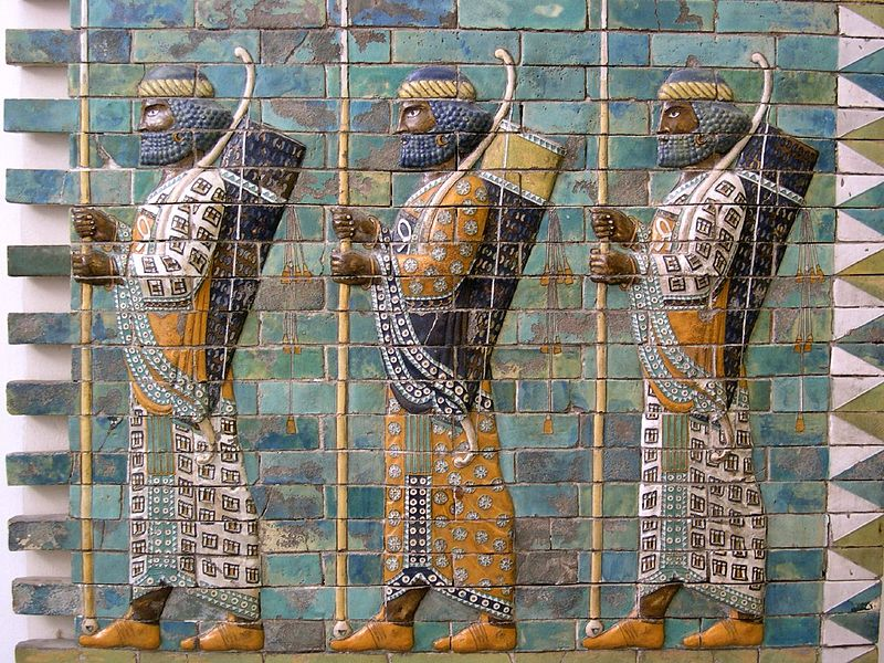 800px-Persian_warriors_from_Berlin_Museum.jpg