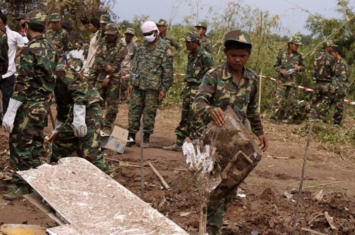 Авиакатастрофа в Лаосе, 44 человека погибло