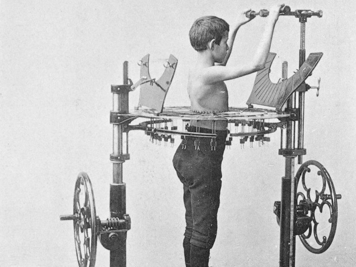 Предшественники современных тренажеров – самые устрашающие модели!